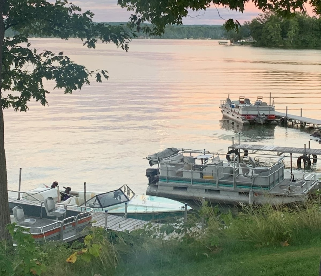 dalens-resort-boat-and-pontoon-questions
